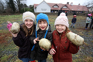 The youngest haggis hurlers?